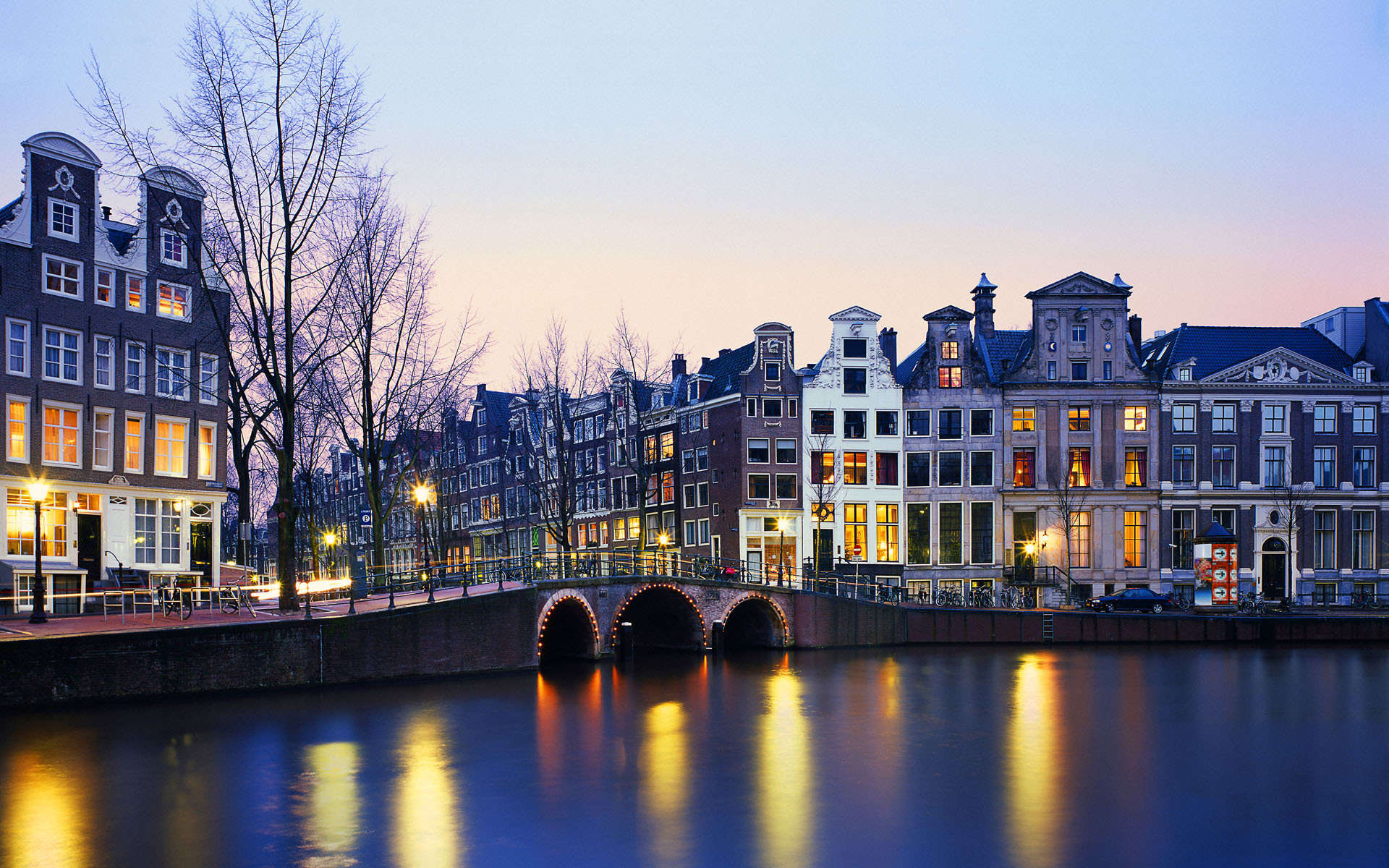 Amsterdam Netherlands  city photos gallery : Amsterdam 400 years of canals